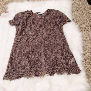 Like New🎉 Purple Lace Short Sleeved Shirt